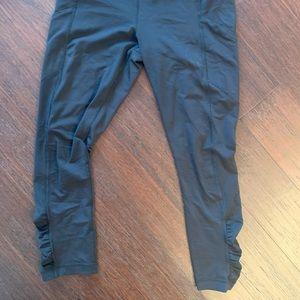 Lululemon Black Cropped Workout Leggings